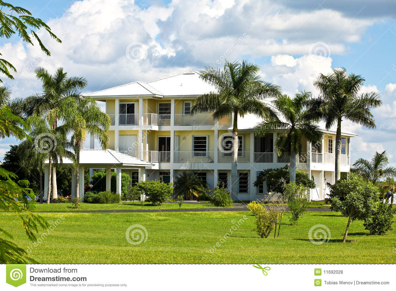 Large tropical house in florida stock photo image 11692028 for Big houses in florida