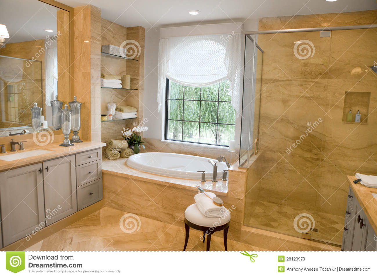 Large Upscale Master Bathroom Stock Photo - Image: 28129970