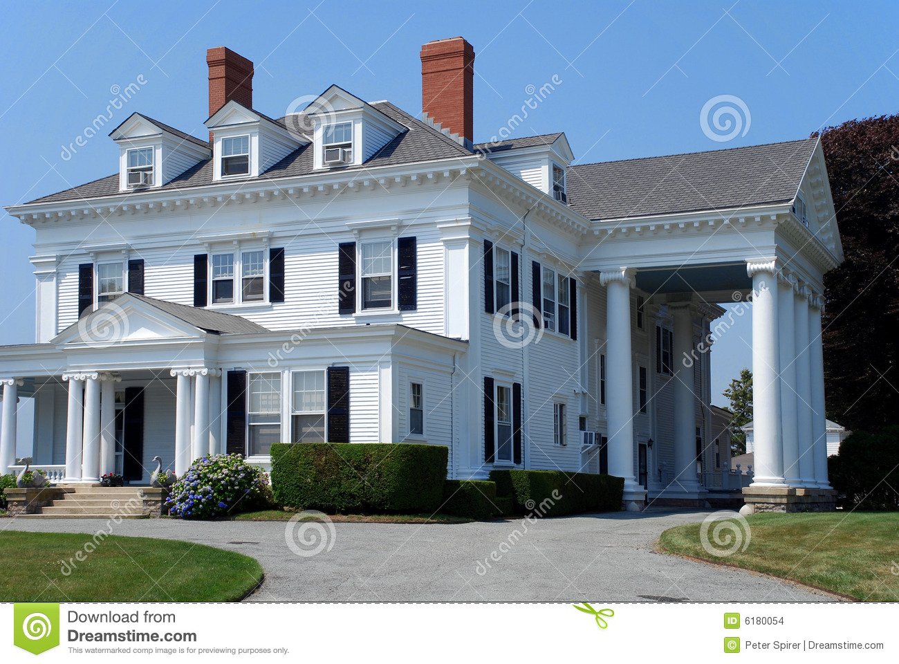 Large White House With Columns Stock Images Image 6180054