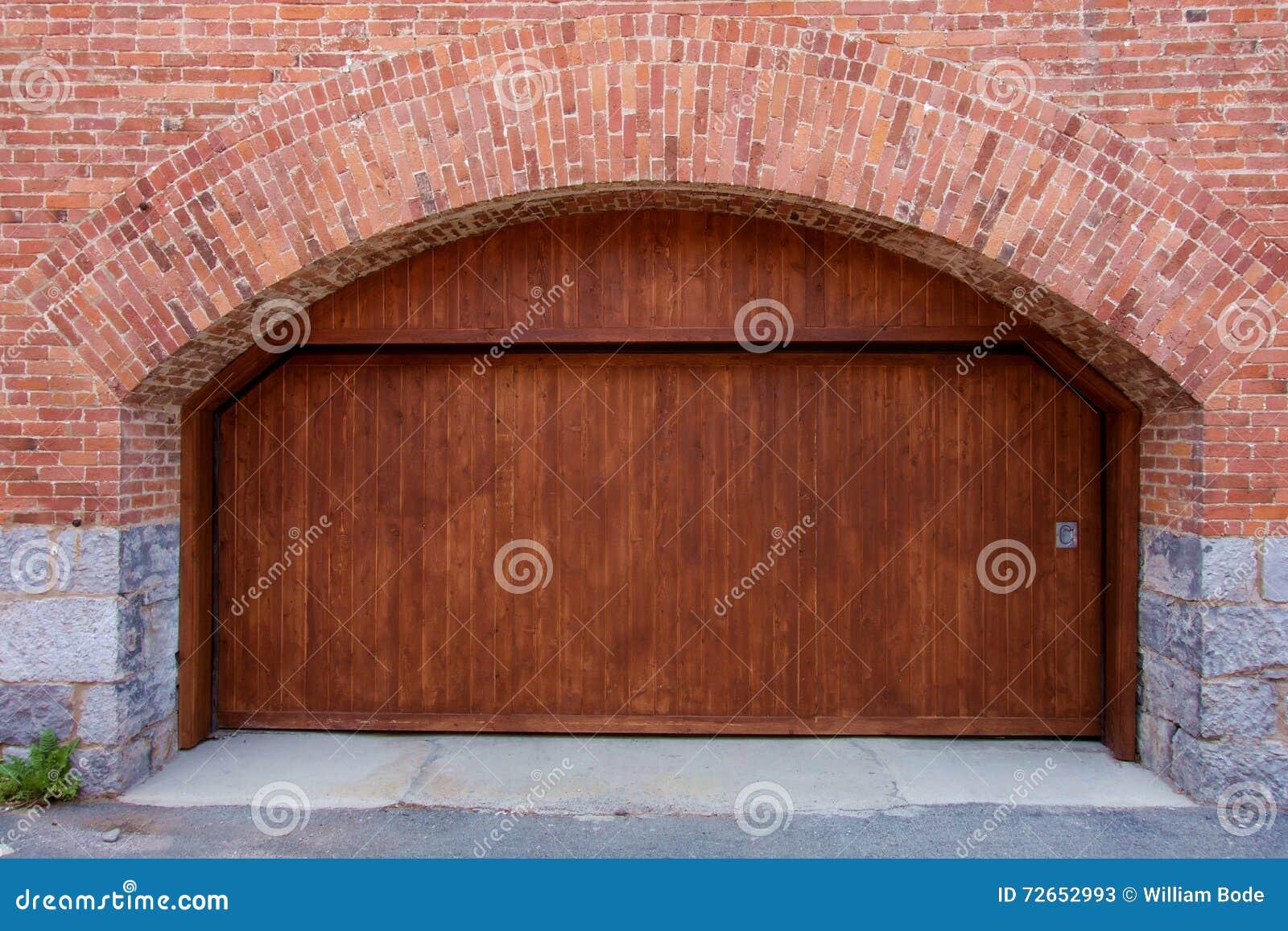how to make large wooden garage doors