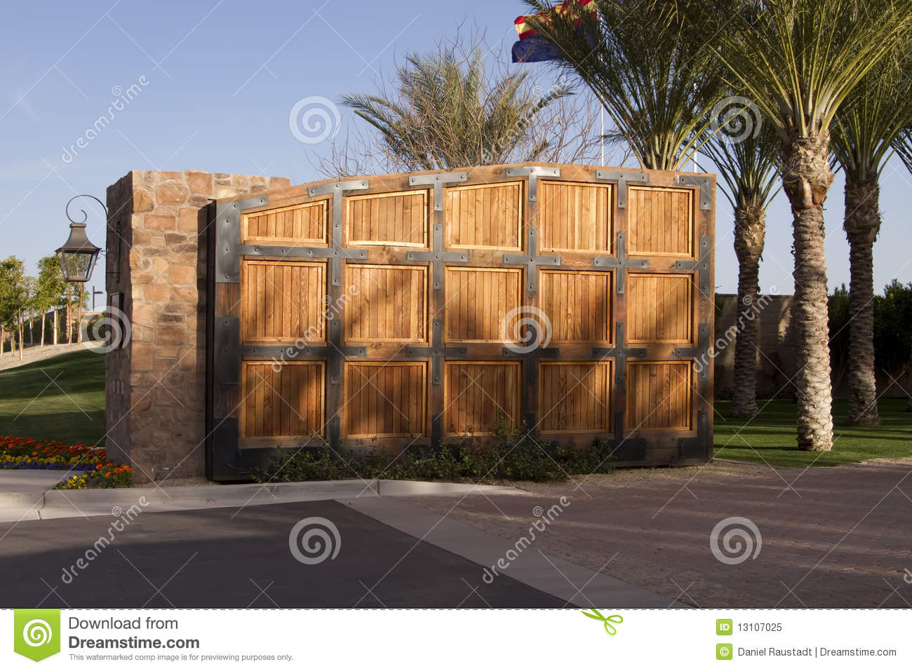 Large Wooden Gate To Luxury Home Golf Community Stock