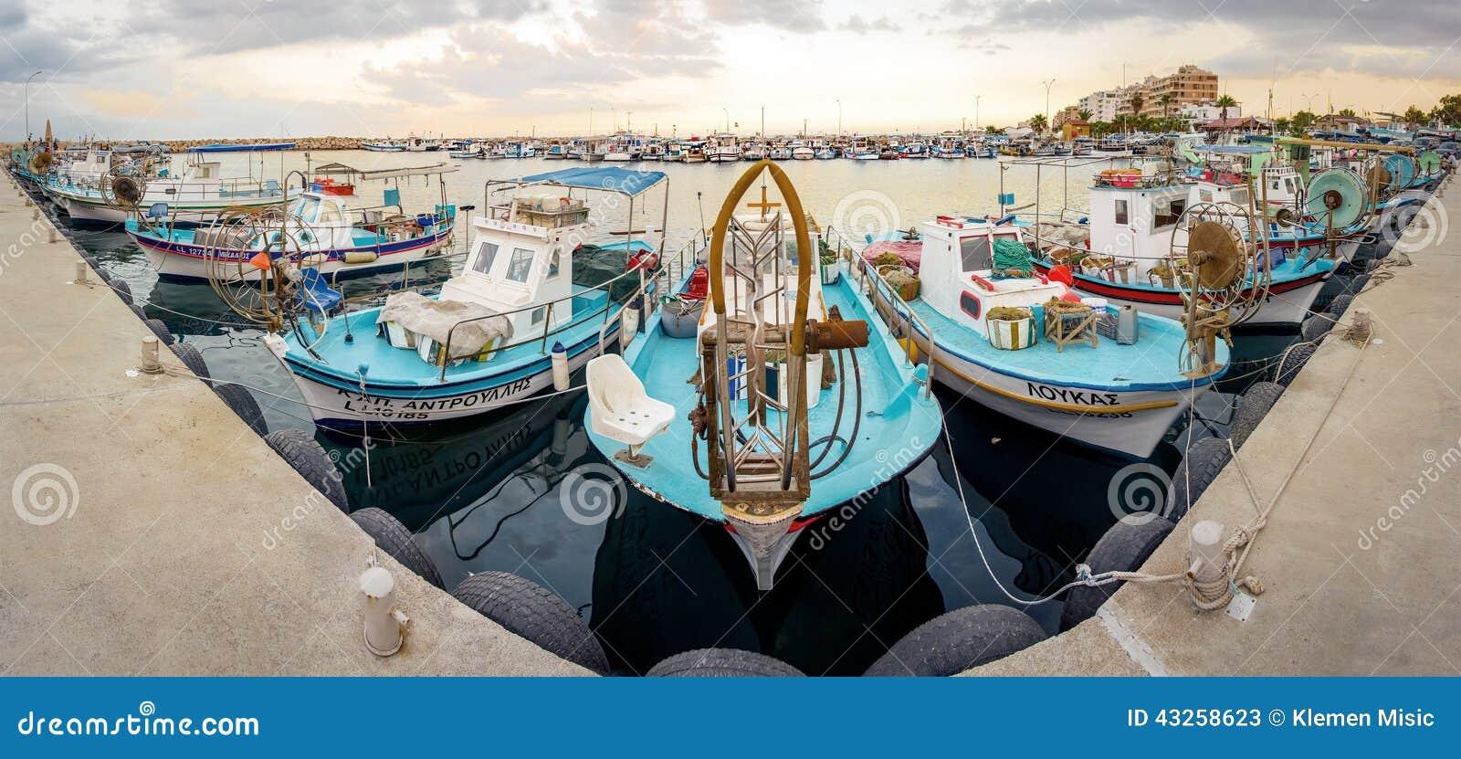 Larnaca fiskebåthamn