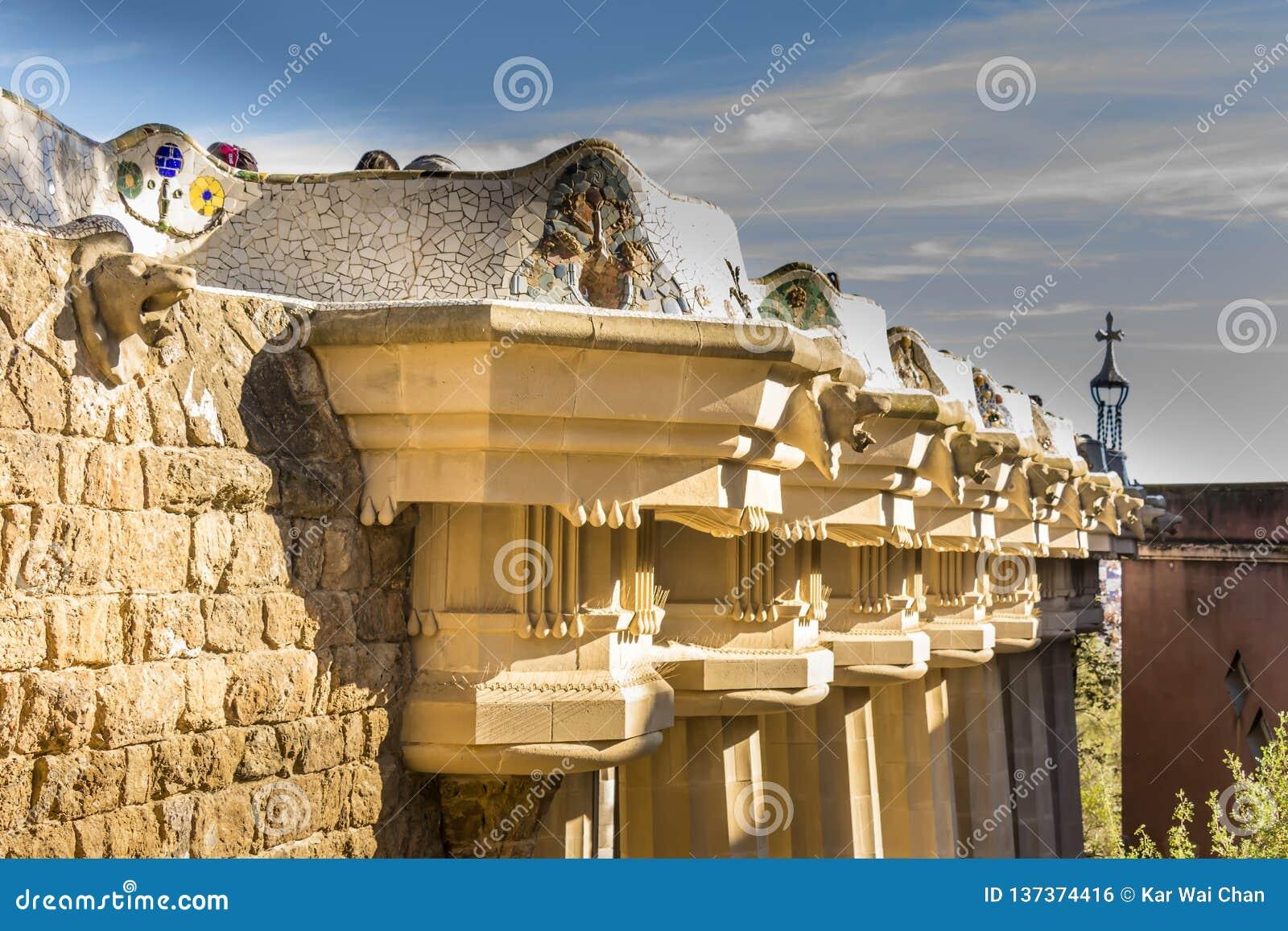 Las Columnas Dóricas Apoyan El Tejado De Sala Hipostila La