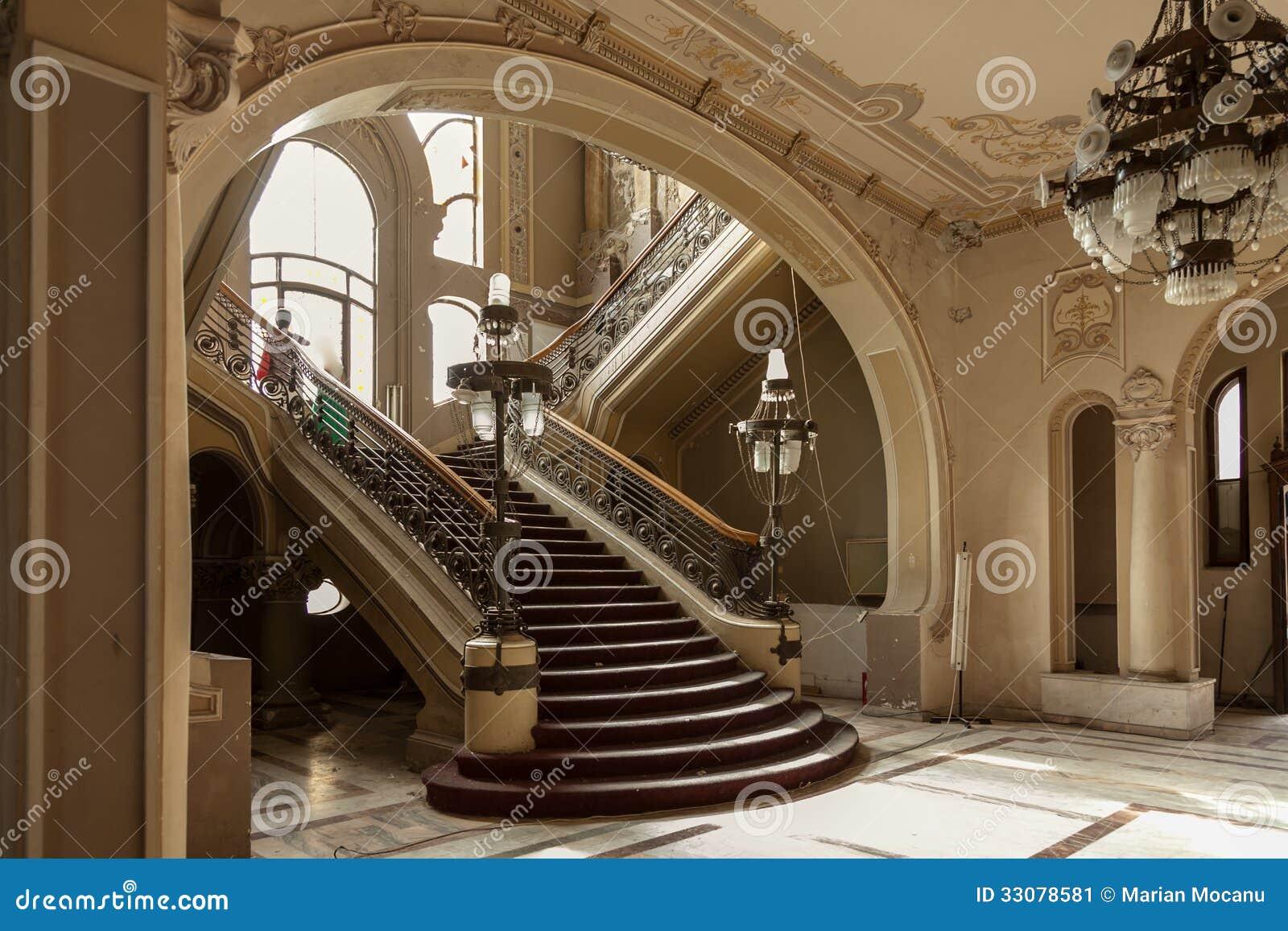 Las Escaleras Detallan En El Edificio Viejo Del Casino De