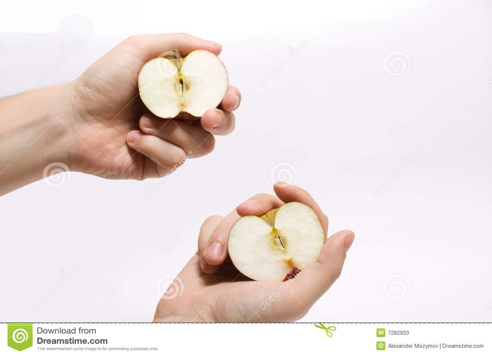 Las manzanas están en manos