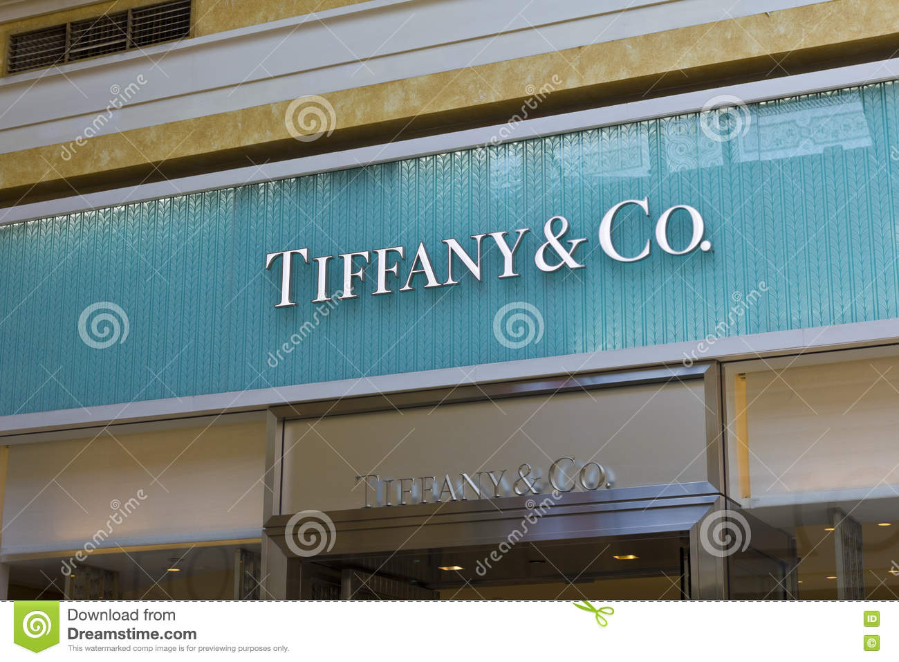 Las Vegas - Circa July 2016: Tiffany & Co. Retail Mall Location. Tiffany s is a Luxury Jewelry and Specialty Retailer III