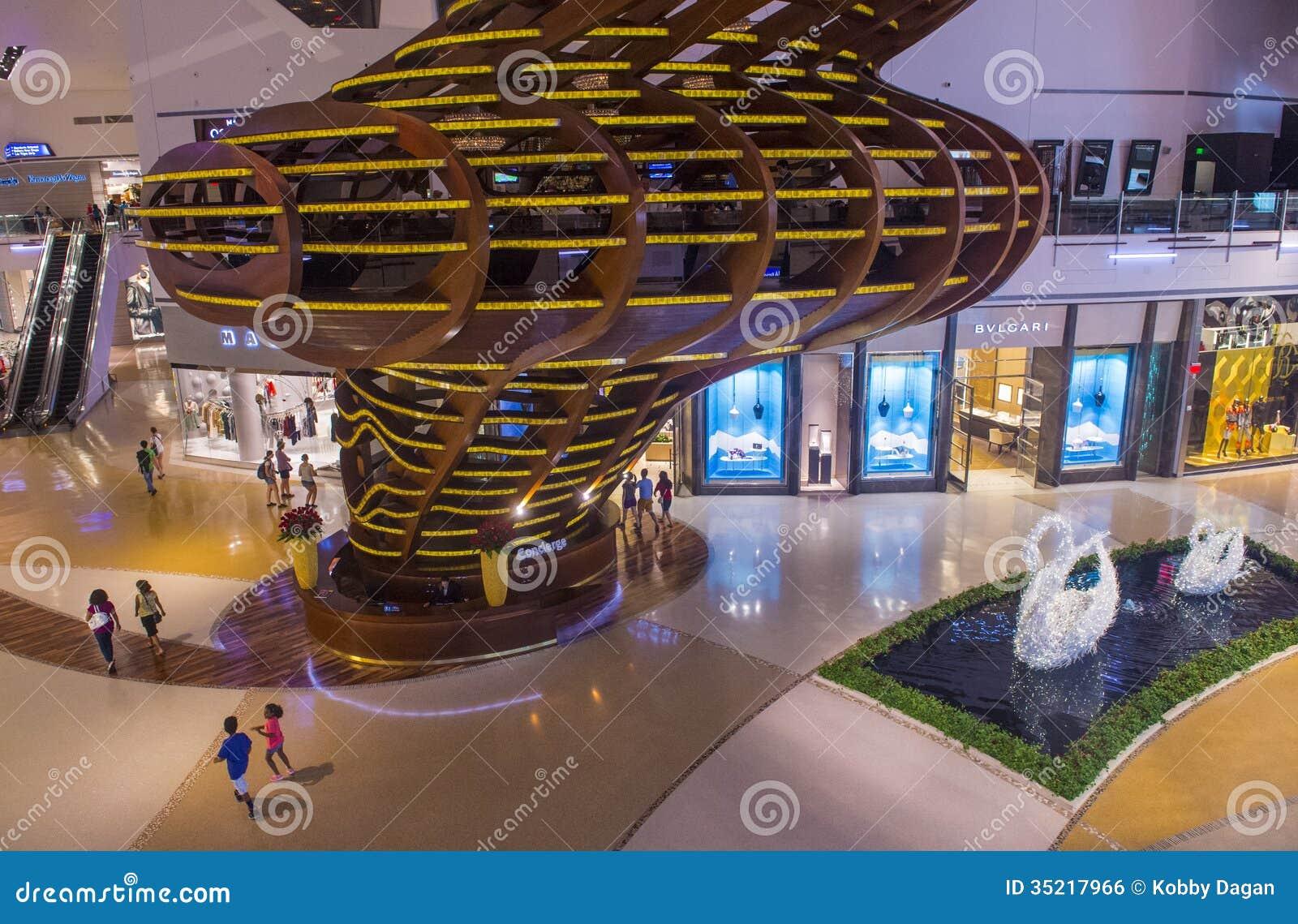 Las Vegas Crystals mall editorial photo  Image of landmarks - 35217966