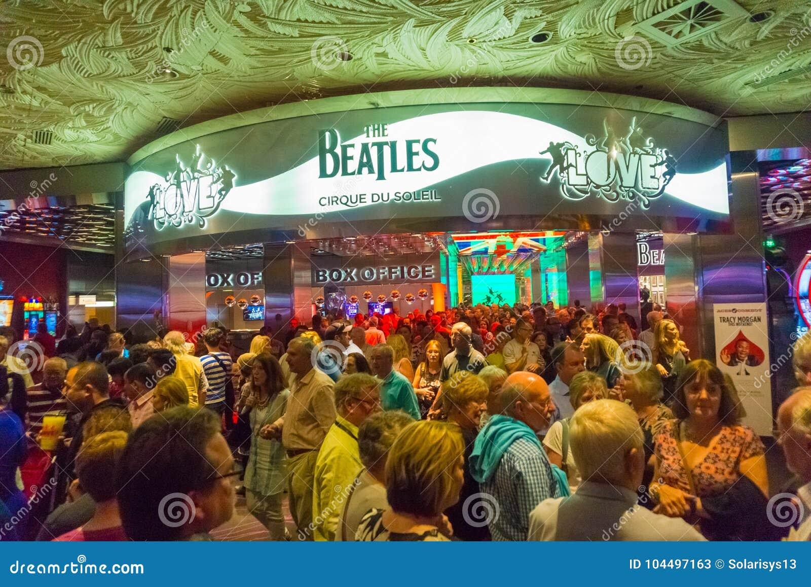 Las Vegas, de Verenigde Staten van Amerika - Mei 06, 2016: De ingang aan de het Theaterliefde van Beatles Cirque du Soleil toont
