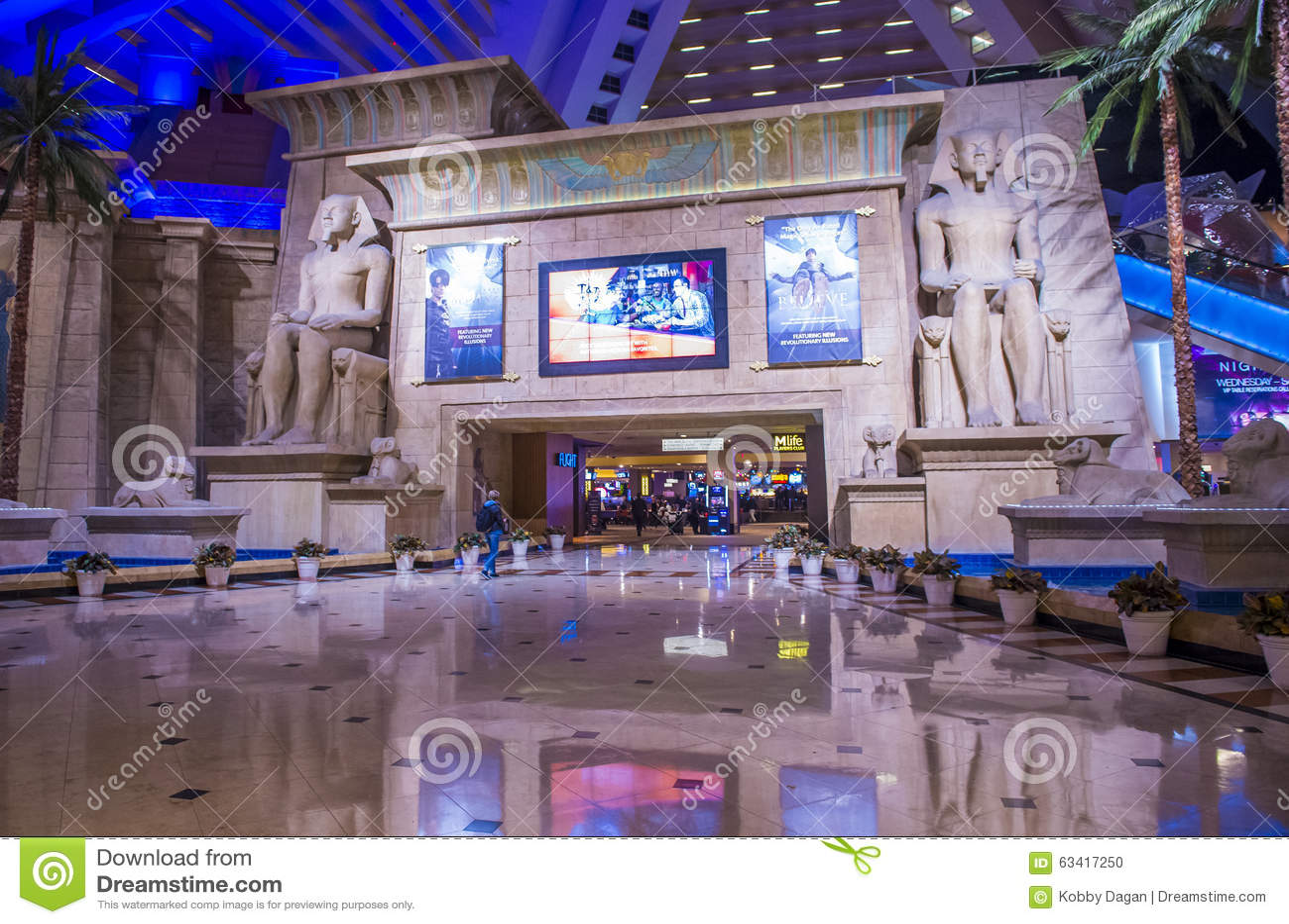 Las Vegas Luxor hotel editorial image. Image of america - 63417250