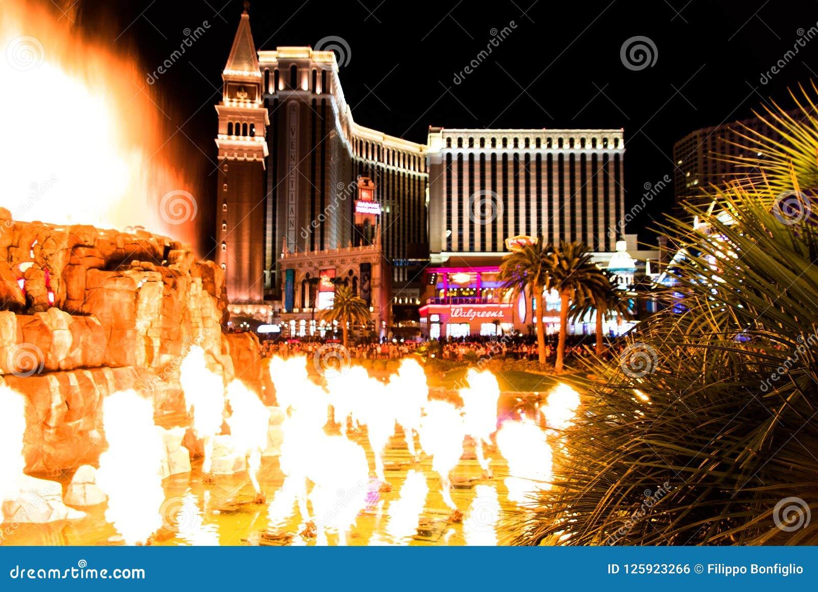 Las Vegas, nanovoltio, los E.E.U.U. 09032018: opinión de la noche del veneciano del volcán del espejismo