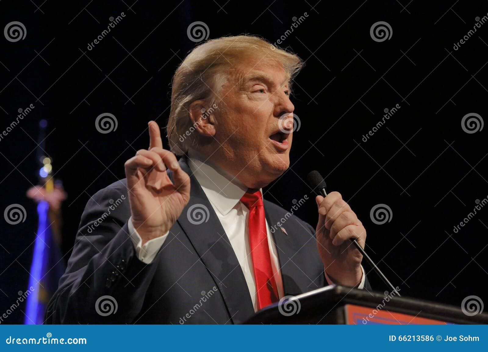 LAS VEGAS NEVADA, 14 DECEMBER, 2015: De republikeinse presidentiële kandidaat Donald Trump spreekt bij campagnegebeurtenis in Wes