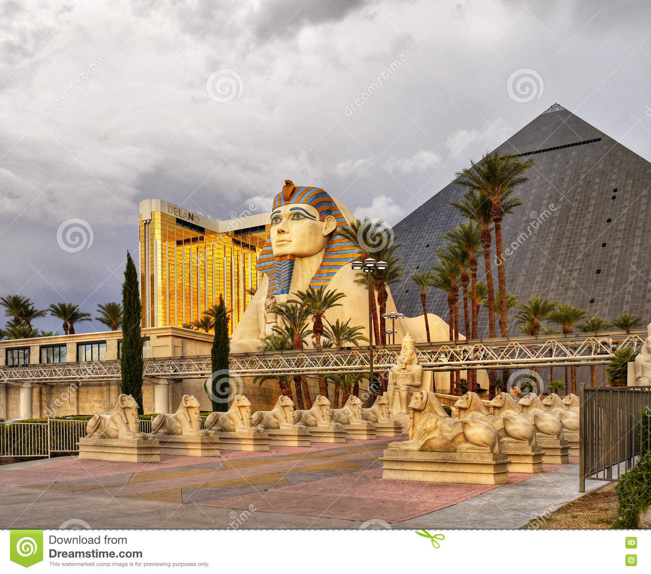 Las vegas nevada luxor hotel and casino editorial stock for Garden statues las vegas nv