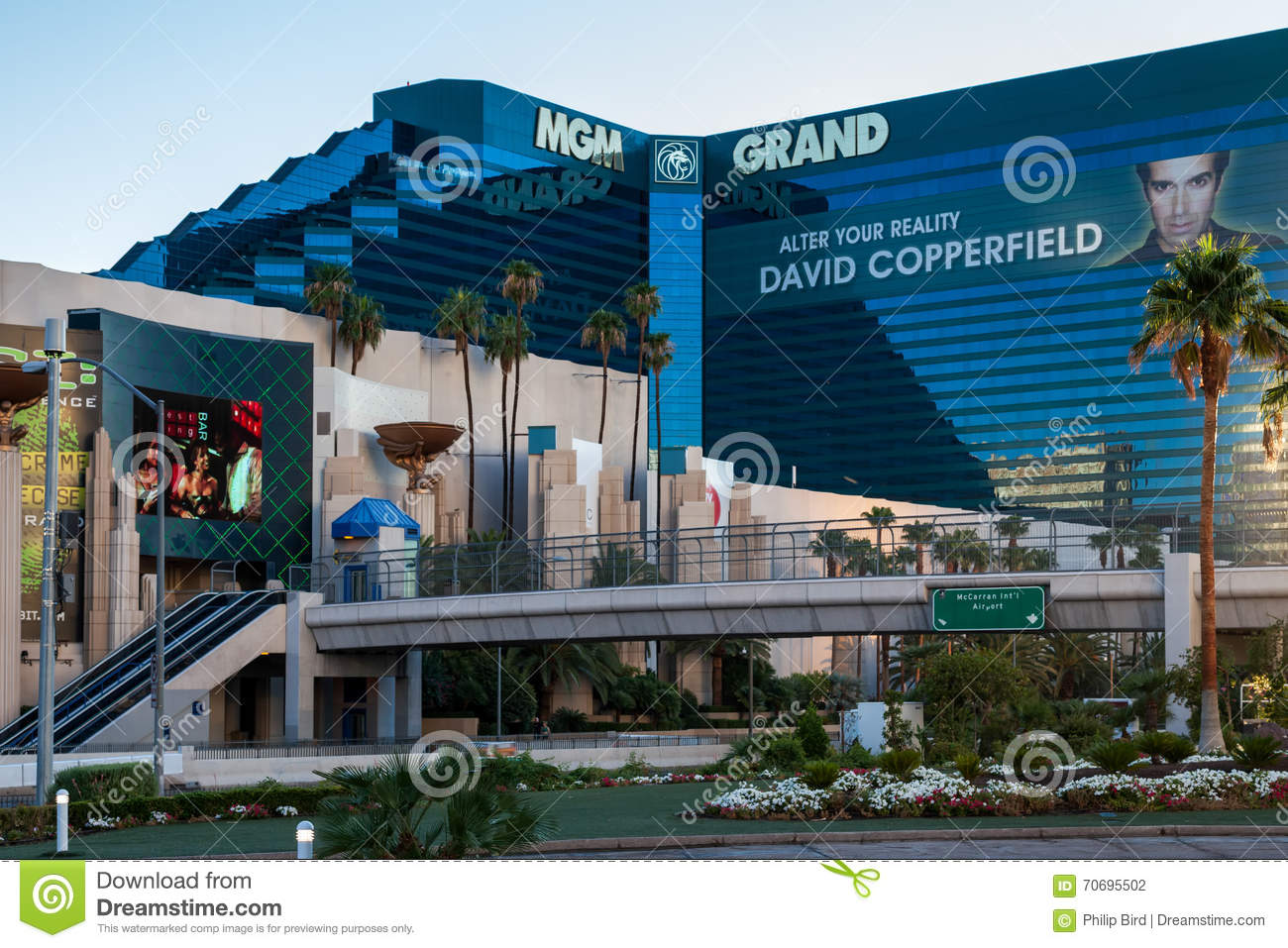 Las Vegas Nevada Usa August 1 View Of Mgm Grand Hotel In La Editorial Photography Image Of Landmark Building 70695502