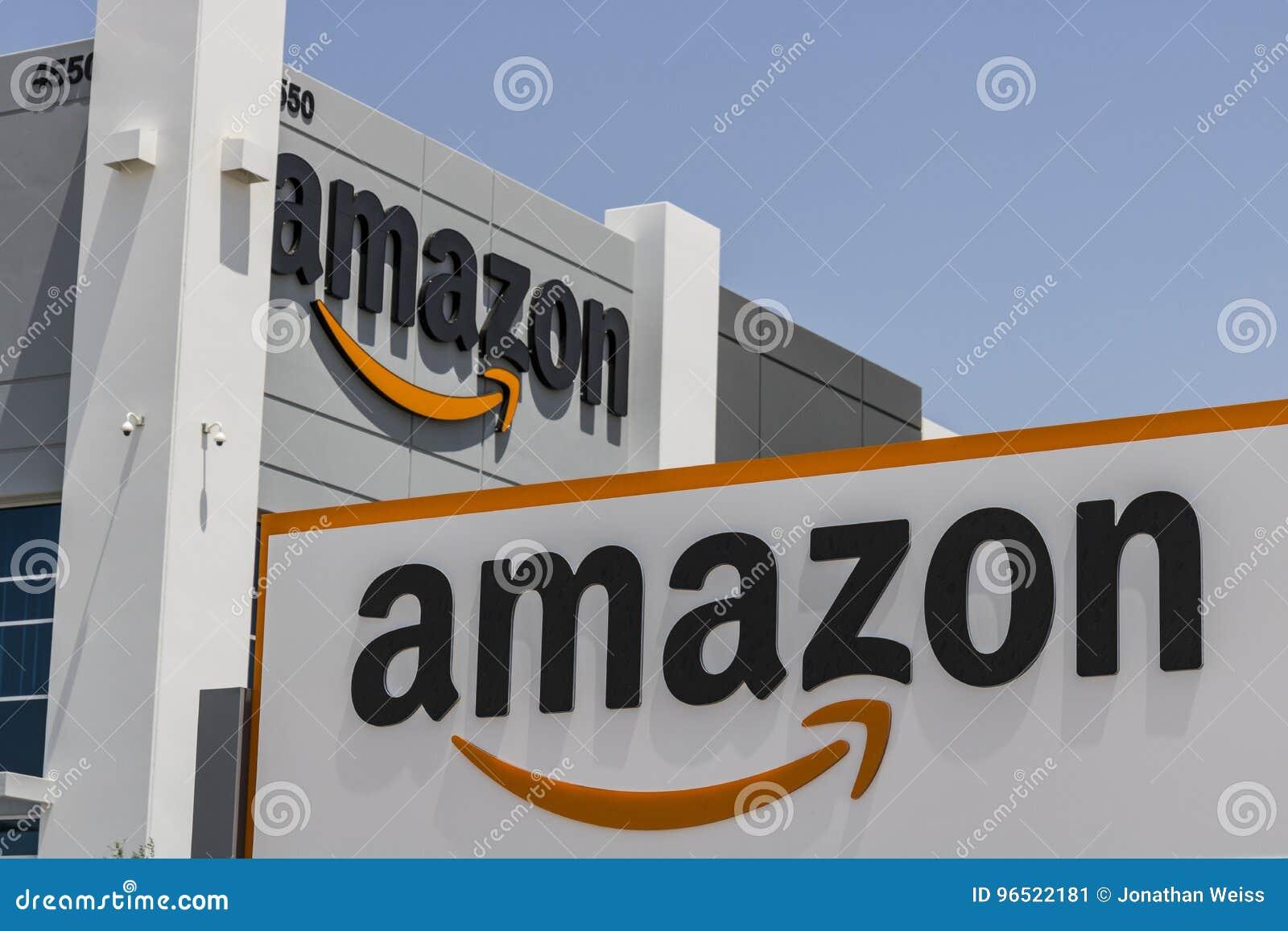 Las Vegas - Około Lipiec 2017: Amazonka com zadości centrum Amazonka jest Wielkim opierającym się detalistą w Stany Zjednoczone I