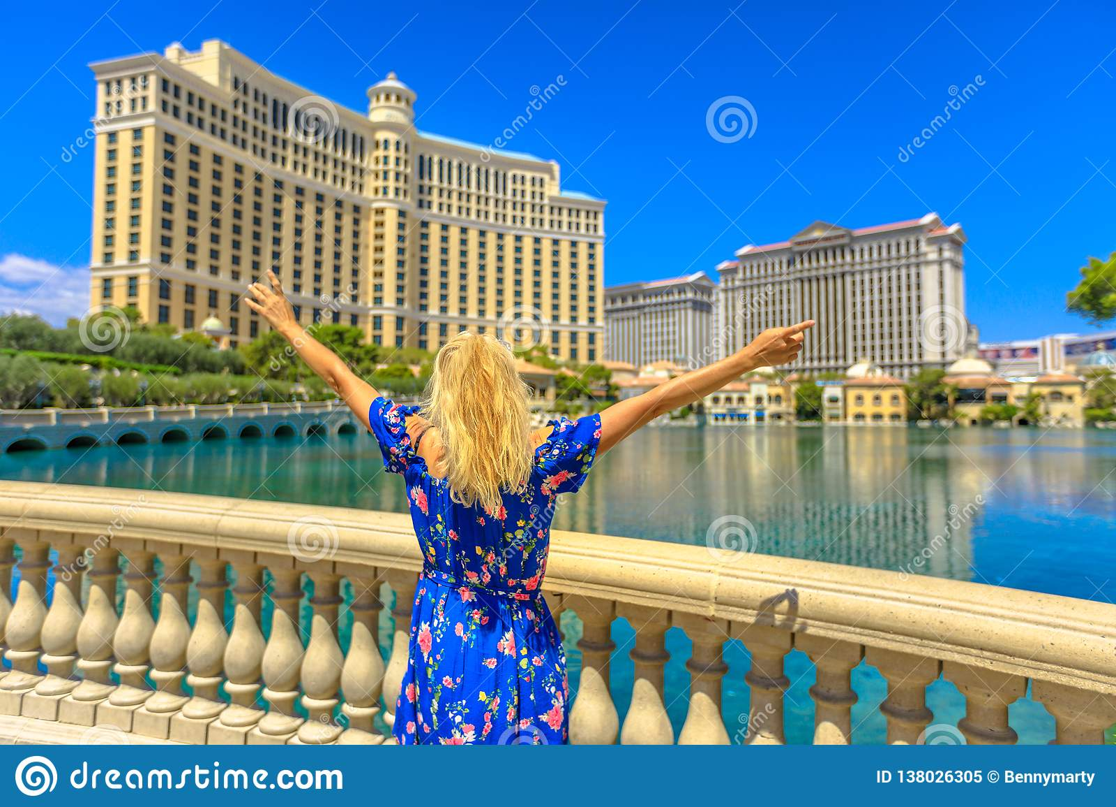 Las Vegas sommarkvinna