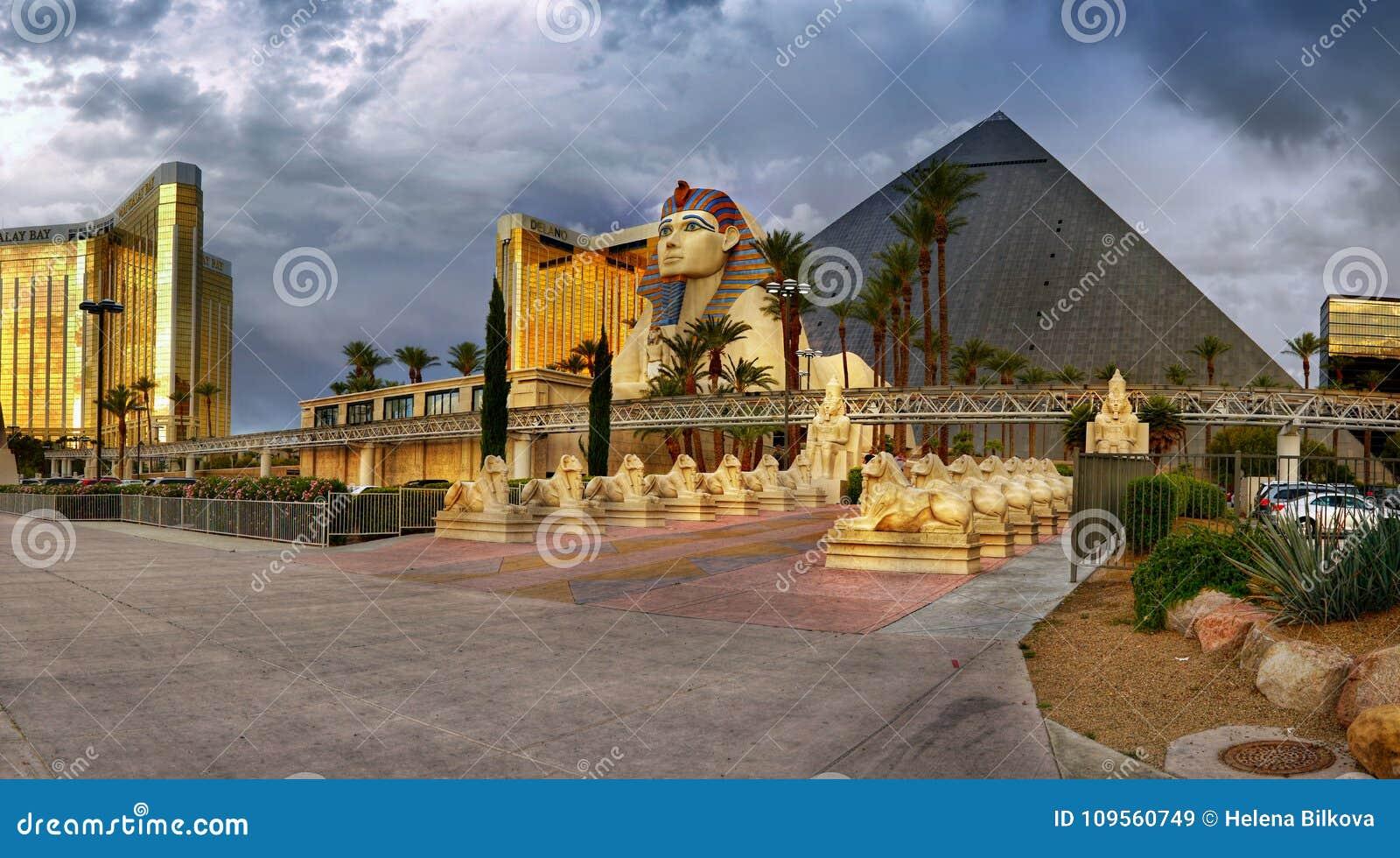 Las Vegas Strip Luxor Hotel Casino Pyramid Sphinx Editorial Stock