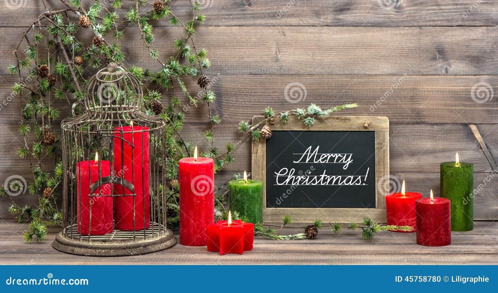 Las velas y el pino rojos de la decoraci n de la navidad - Decoracion navidad vintage ...