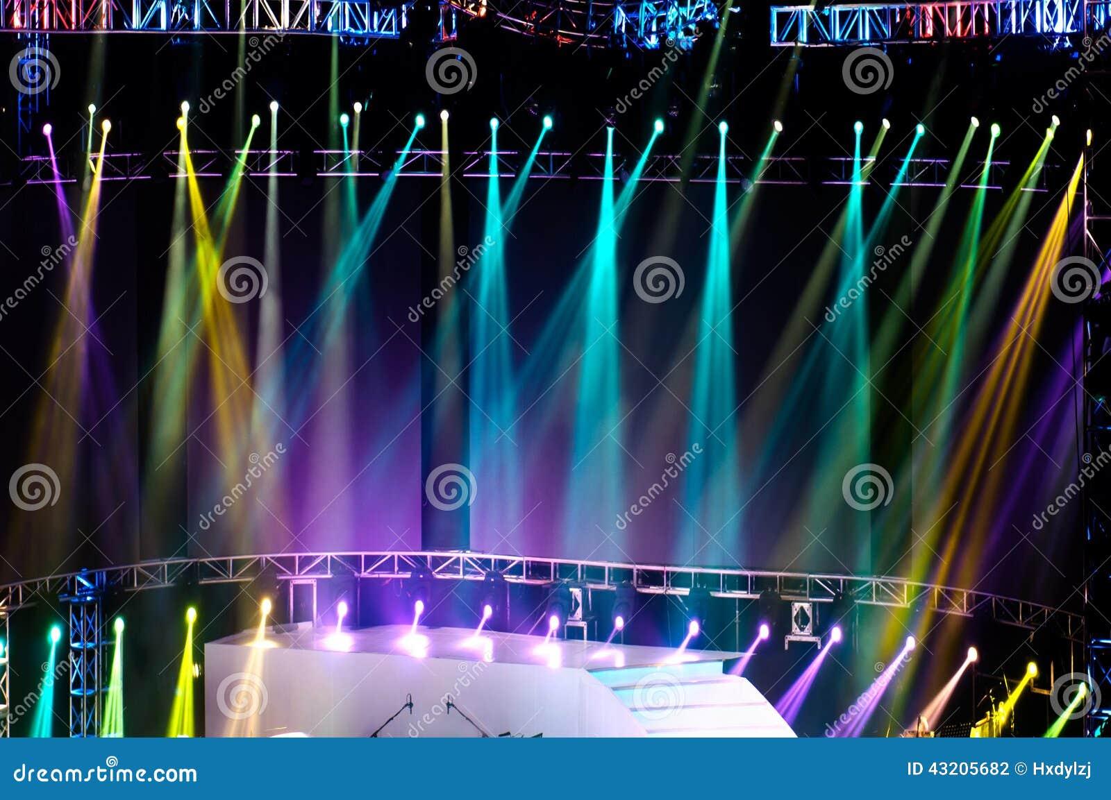 Download Laser-strålar Riktar Uppmärksamheten På Etappen Stock Illustrationer - Illustration av underhållning, disko: 43205682