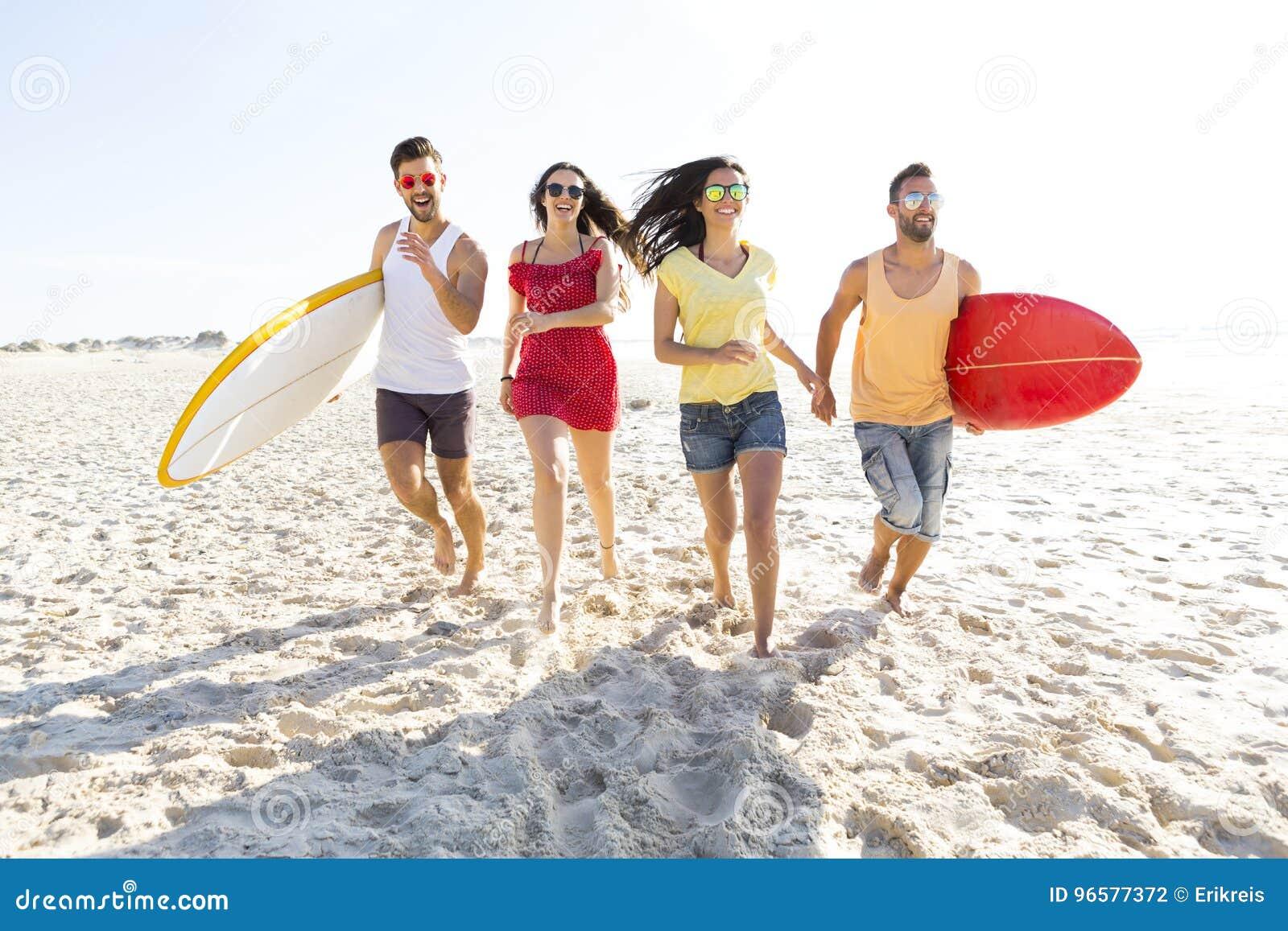 Lassen Sie ` s zum Strand gehen