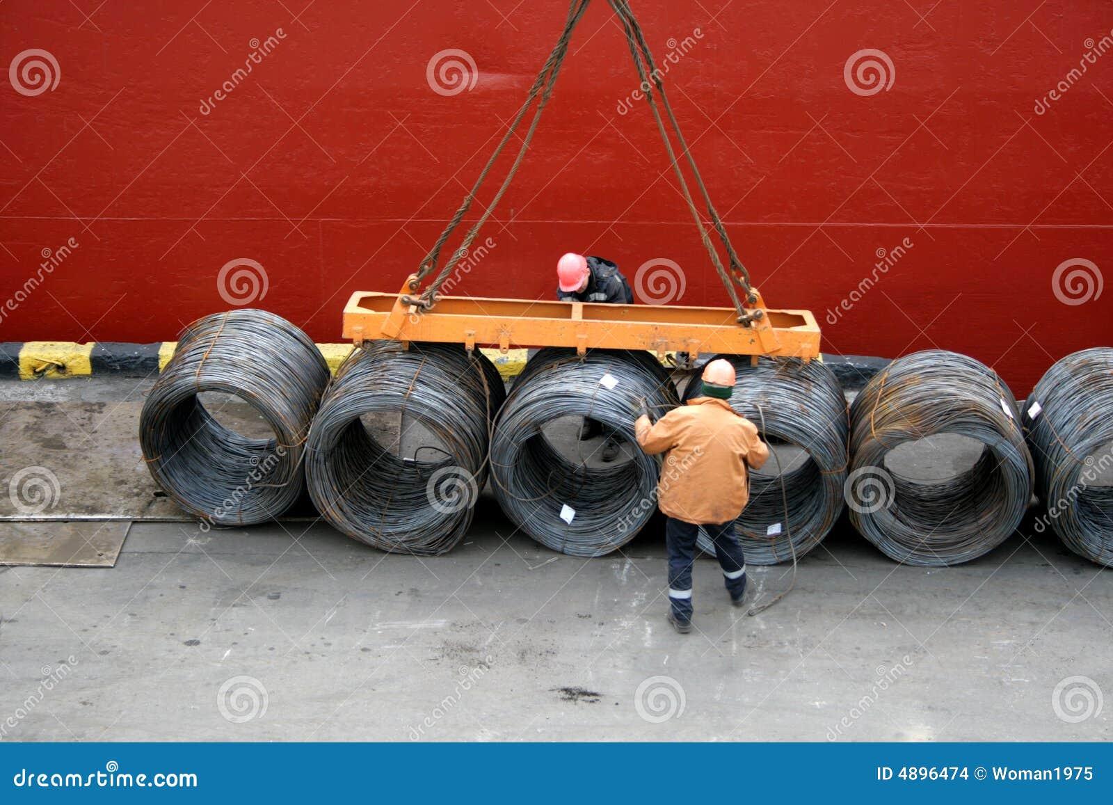 Lasthamnarbetarear reparationr tråd för päfyllning två