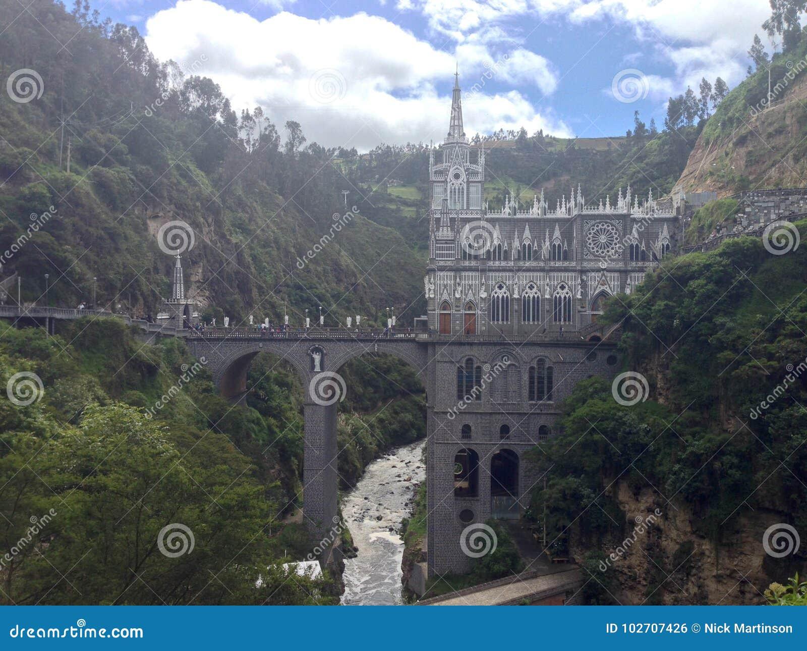 Lasu Lajas sanktuarium katedra w rzecznym wąwozie w Kolumbia