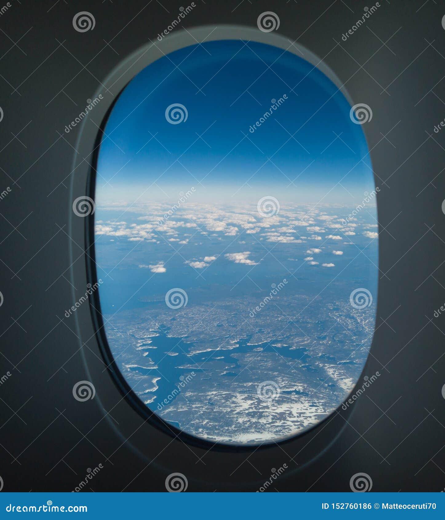 Lata? nad P??nocna Ameryka podczas wiosna sezonu Krajobraz od samolotowego okno POV