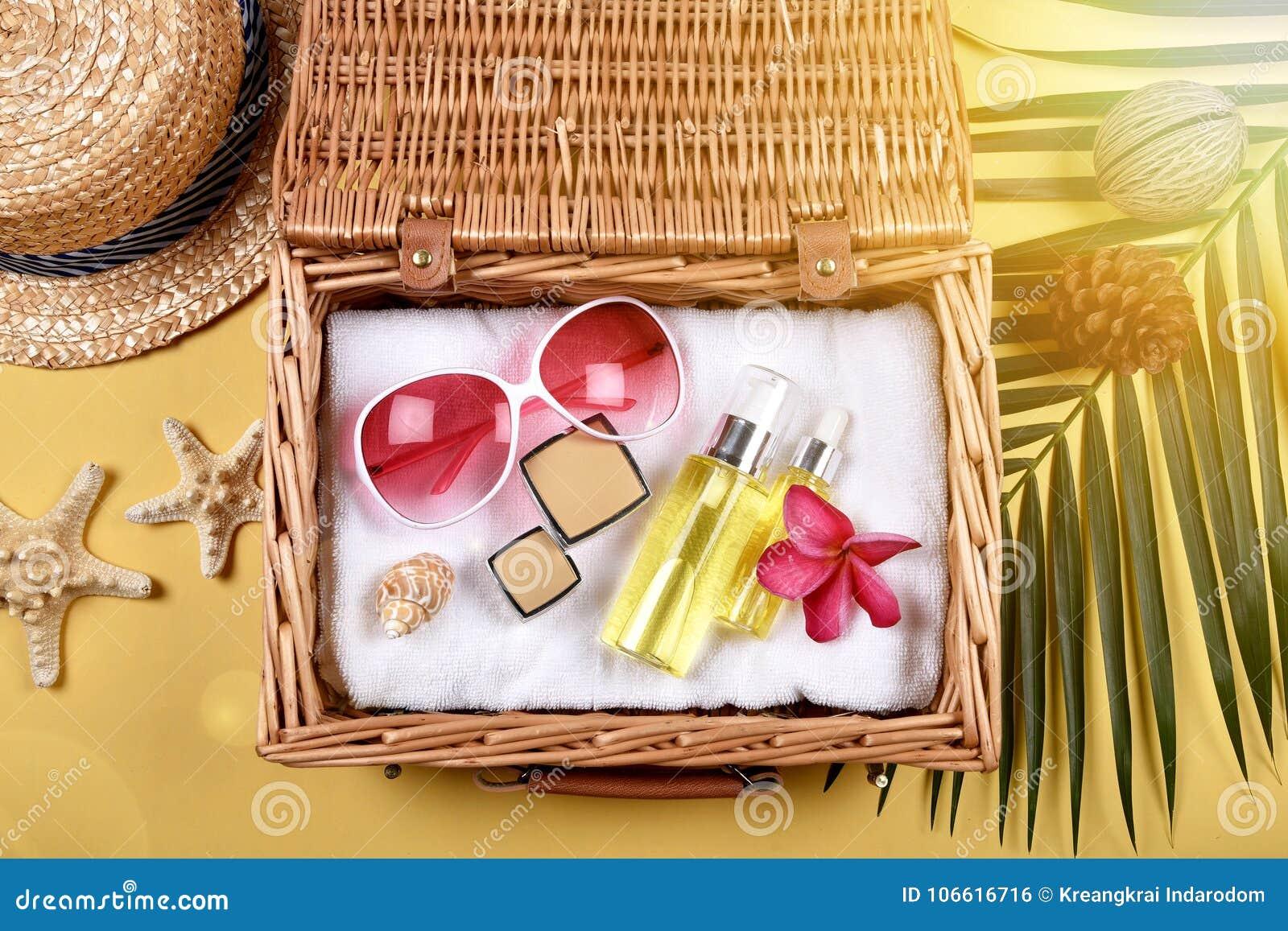 Lata skincare twarzowa ochrona, słońce ochrona z Pustymi etykietka kosmetykami butelkuje zbiornika