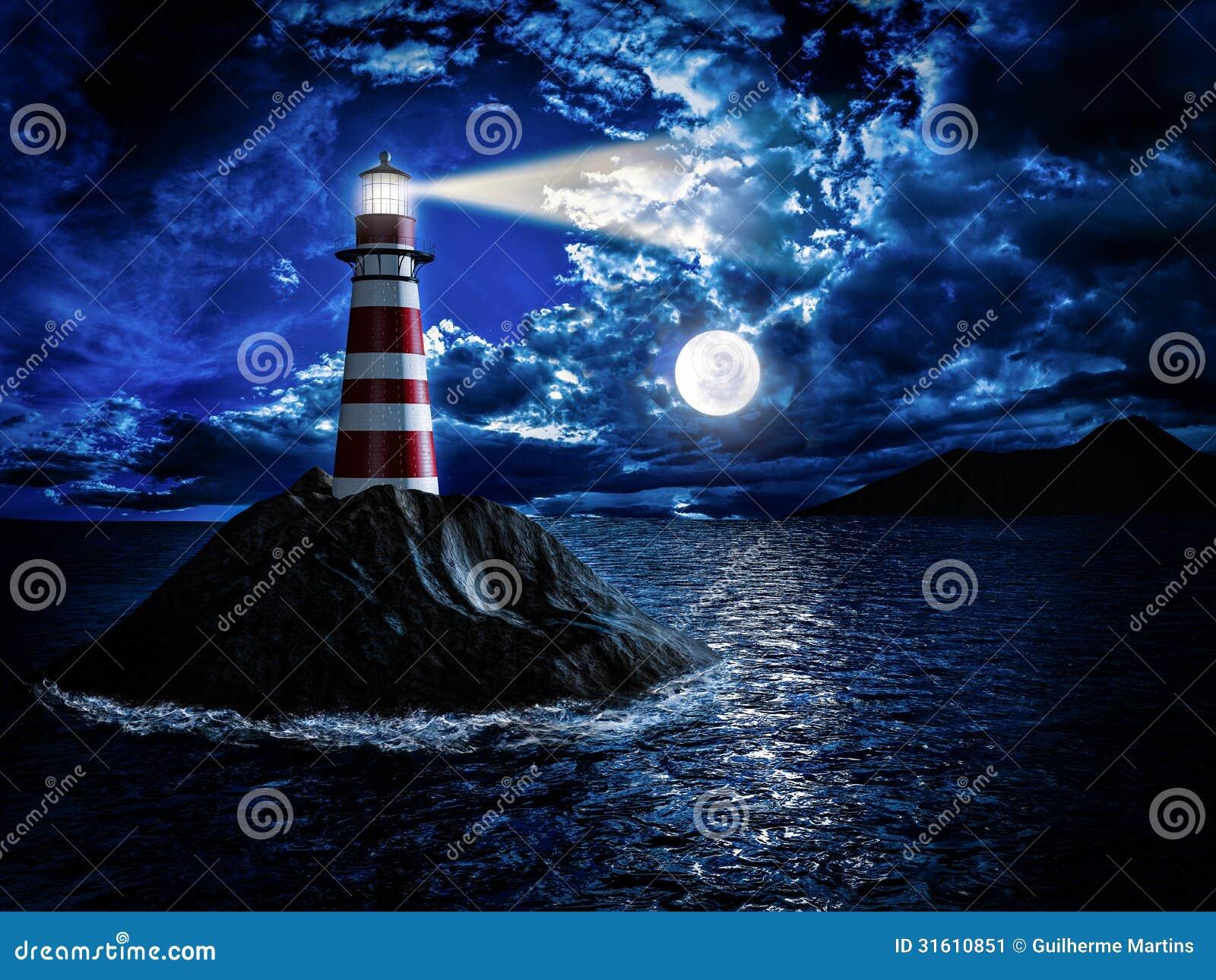 Latarnia morska przy blaskiem księżyca