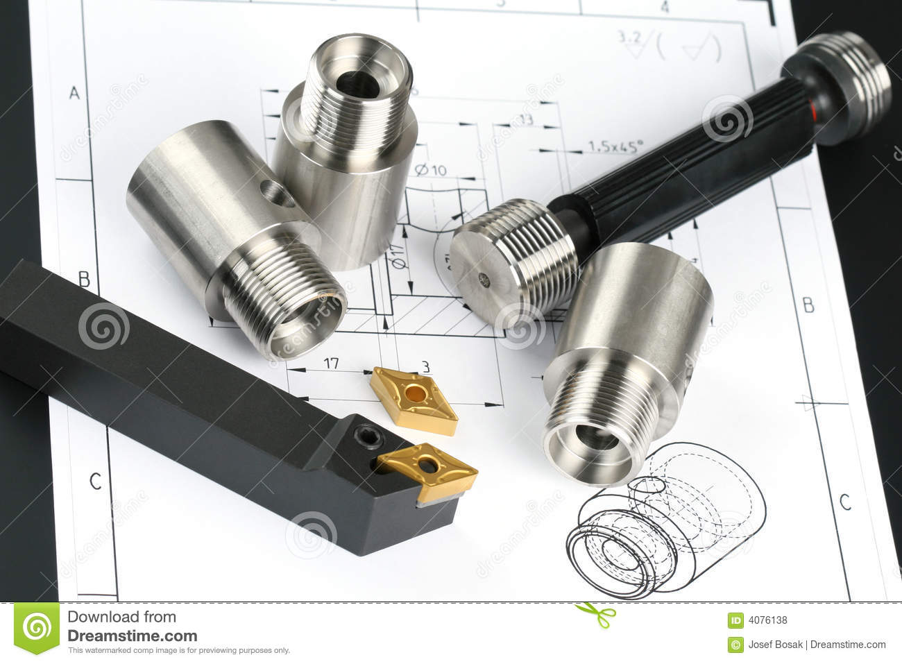 Lathe tool and cutting inserts for turning