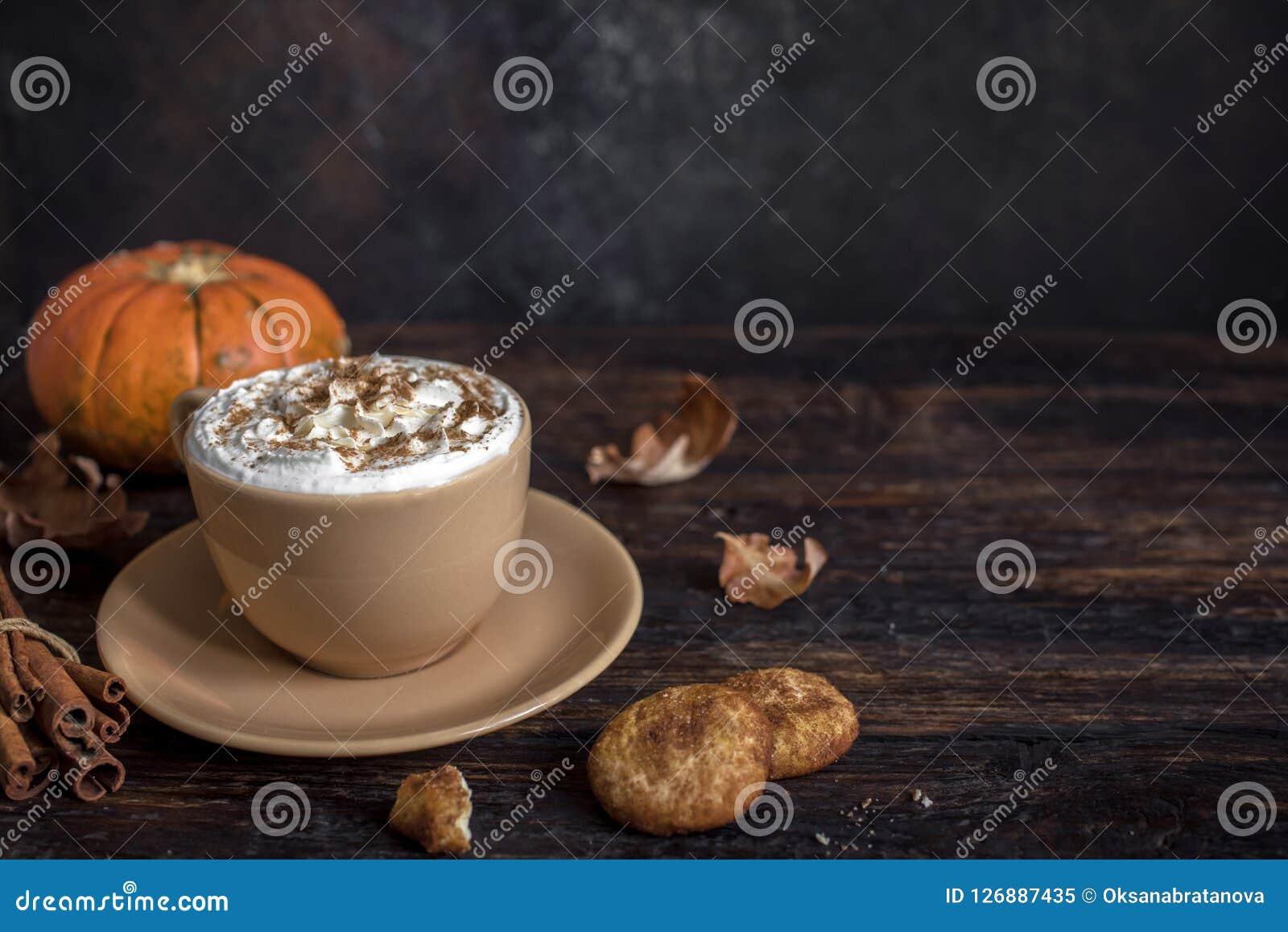 Latte de la especia de la calabaza