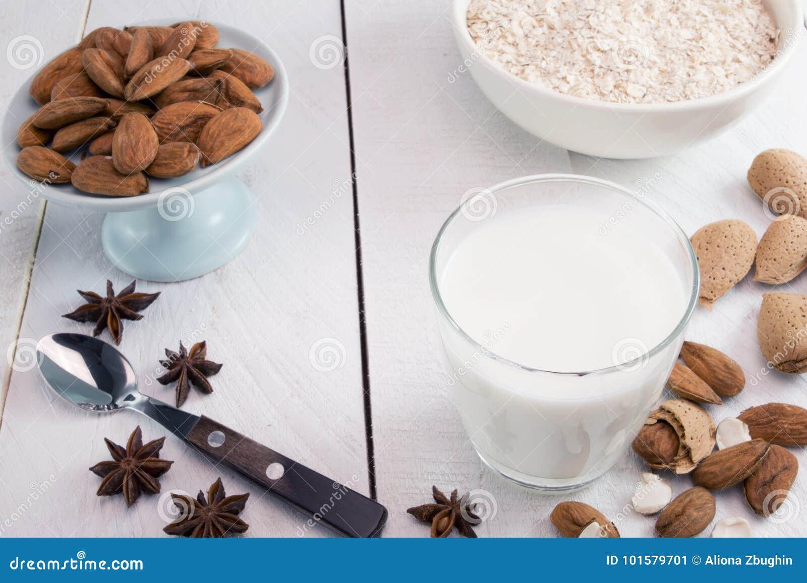 Latte della mandorla
