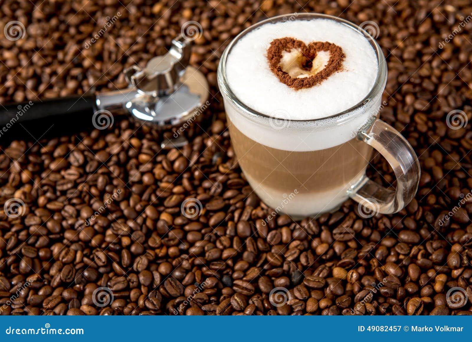 latte macchiato mit herzen stockbild bild von bohne 49082457. Black Bedroom Furniture Sets. Home Design Ideas