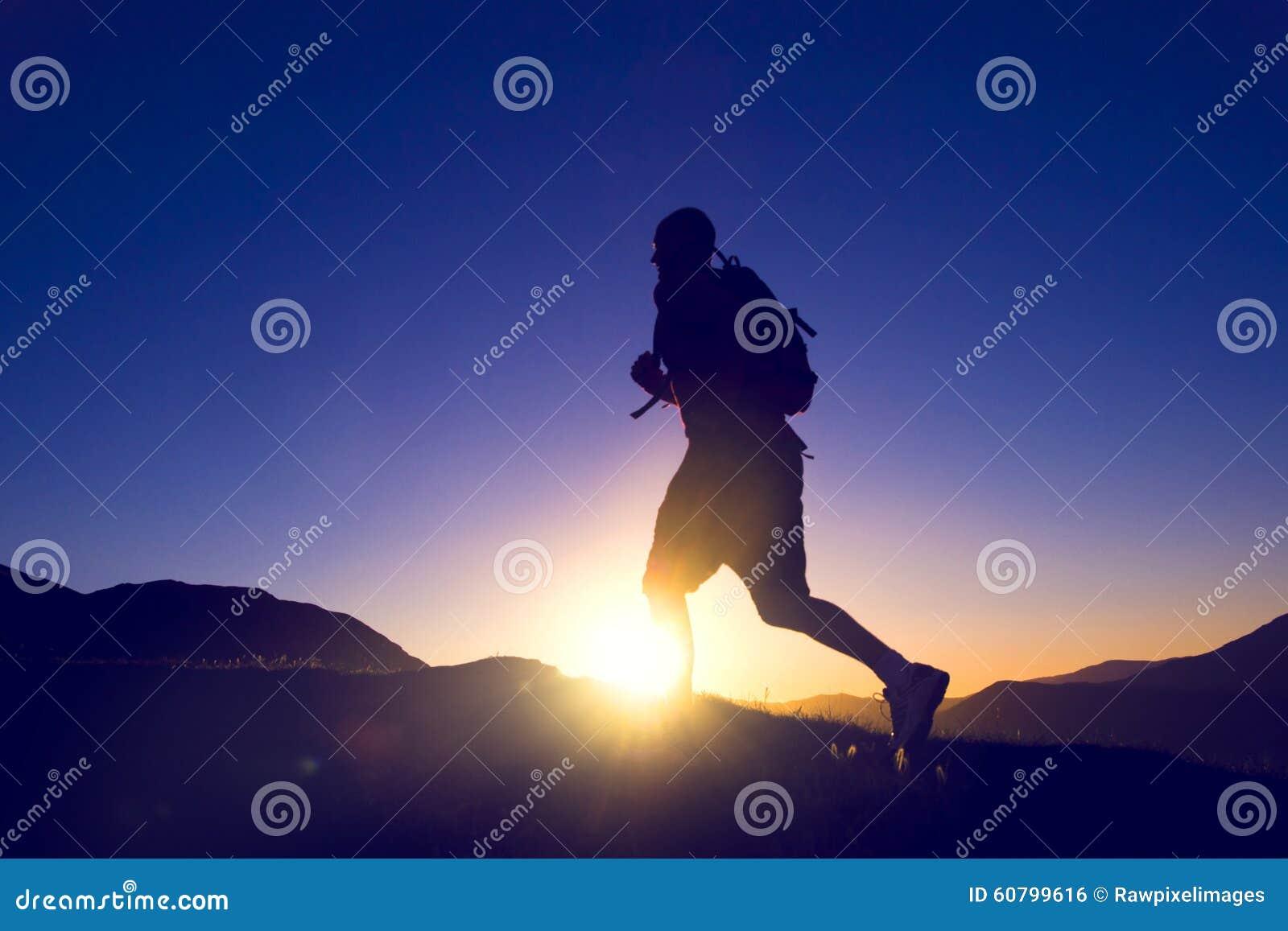 Laufende Ausdauer-rüttelndes Übungs-gesundes Lebensstil-Konzept