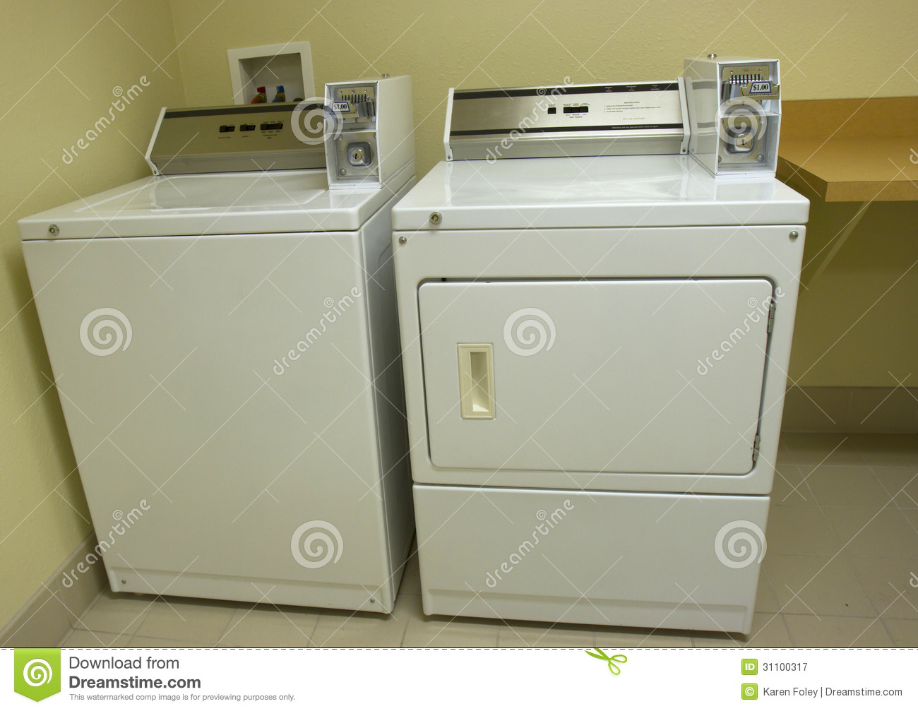 Animated Tumble Dryer ~ Laundromat washer and dryer royalty free stock photography