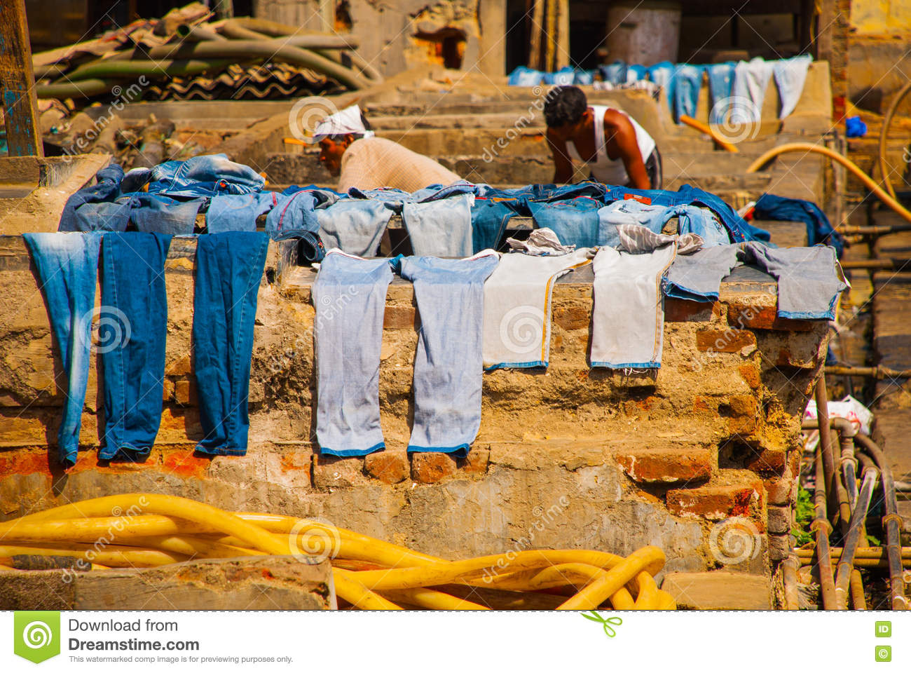 Are there launderettes? - Sliema Forum