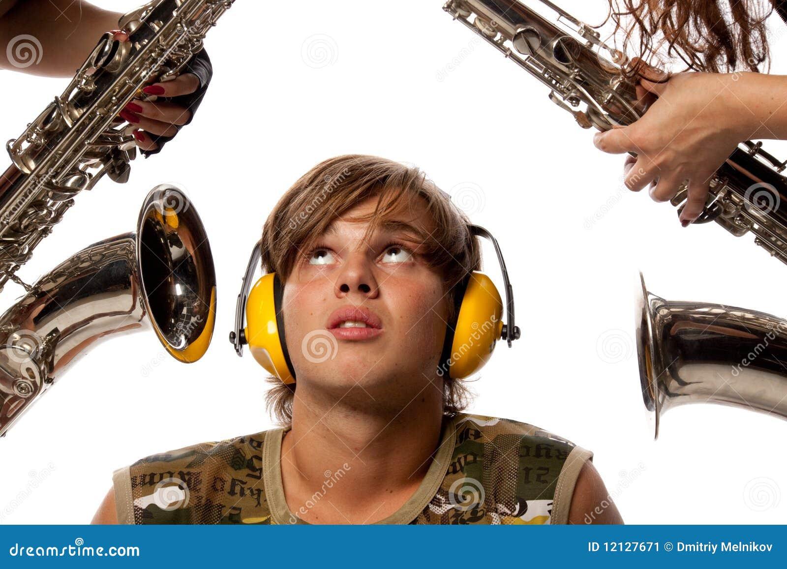 laute geräusche stockbild  bild 12127671 ~ Geschirrspülmaschine Laute Geräusche
