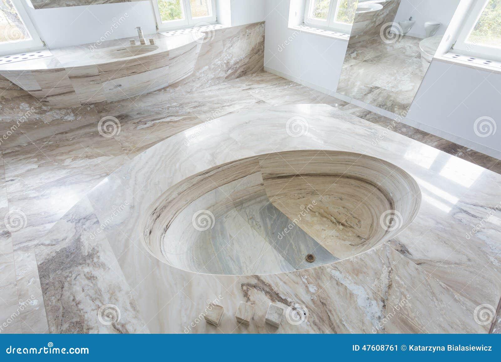 Lavandino di marmo in bagno di lusso immagine stock - Bagno piano marmo ...