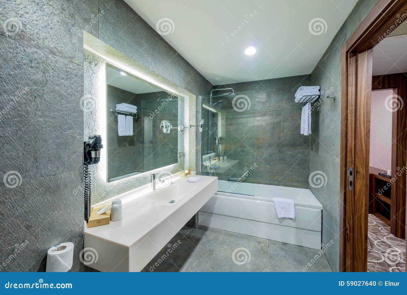 Lavandino Elegante Moderno In Bagno Fotografia Stock - Immagine di ...