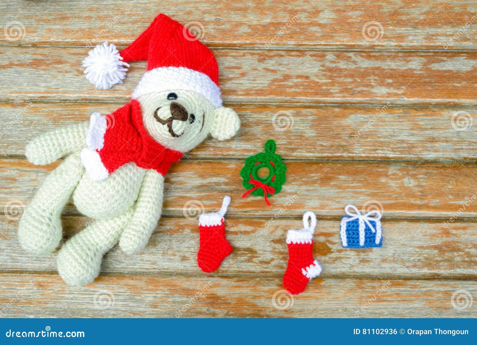 Addobbi e palline di Natale fai da te all'uncinetto - Blogmamma.it | 957x1300