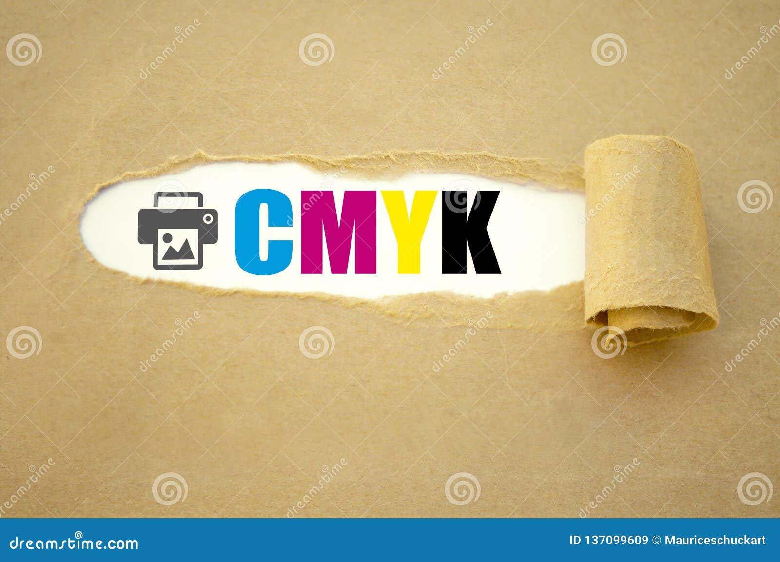 Lavoro di ufficio con CMYK