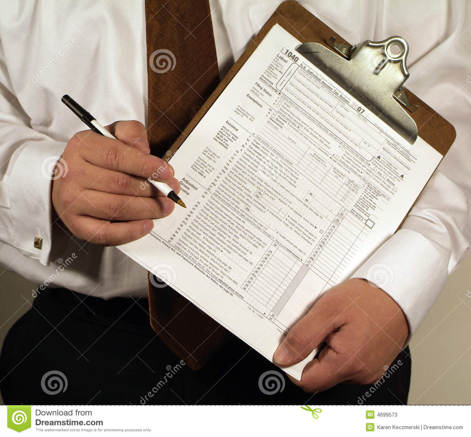 Lavoro di ufficio di imposta
