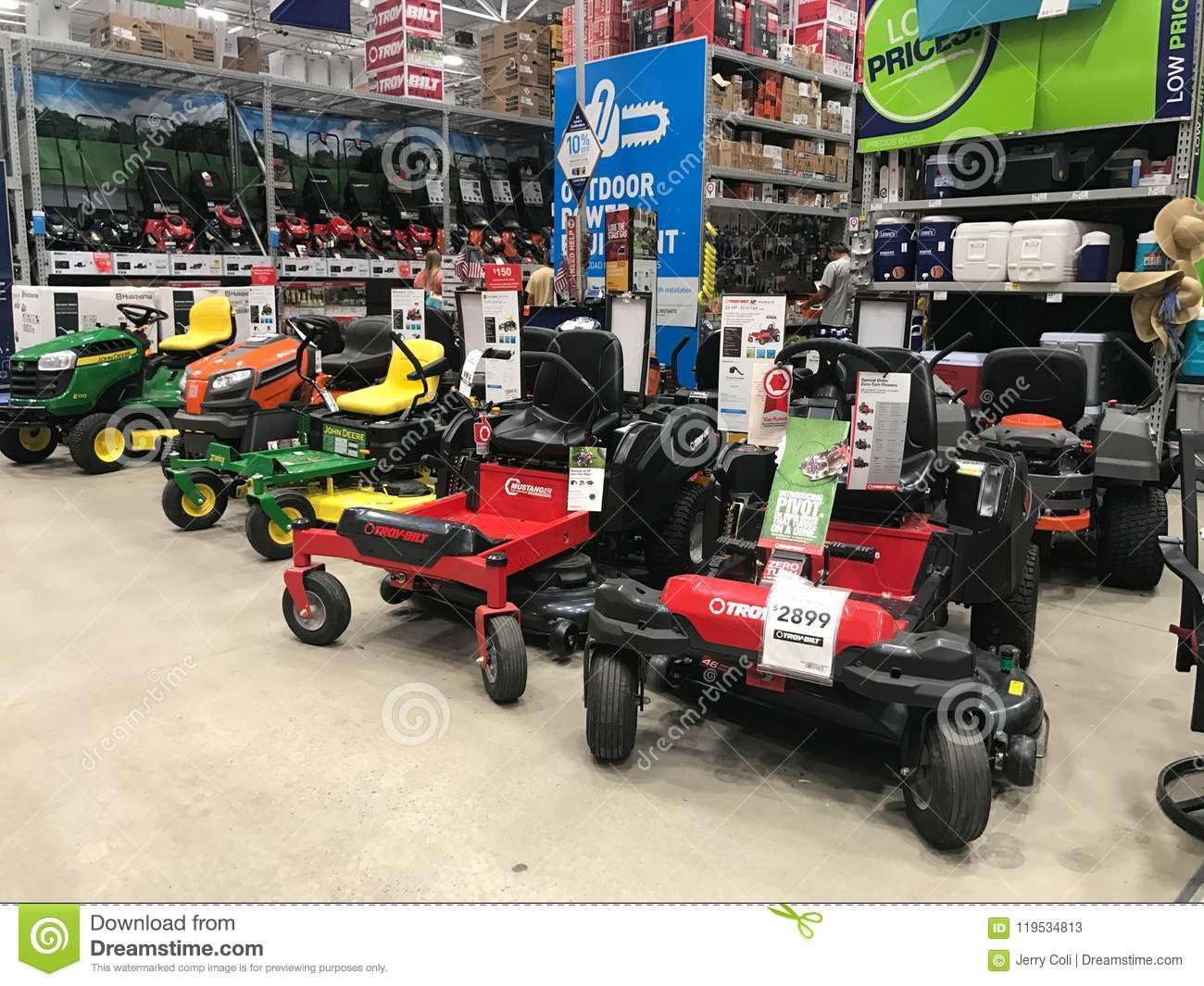 Lawn Tractors Inside A Lowe S Hardware Store Editorial Stock Photo Image Of Chain Hardware 119534813