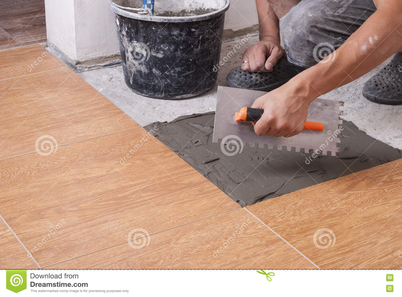 Laying Tiles On The Floor Stock Image Image Of Installation 77222197