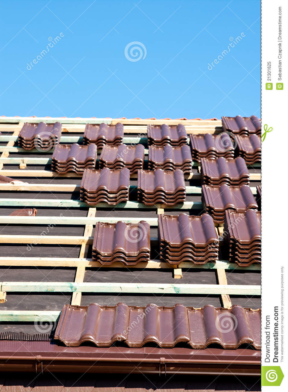 Laying Tiles On Roof Royalty Free Stock Photo Image