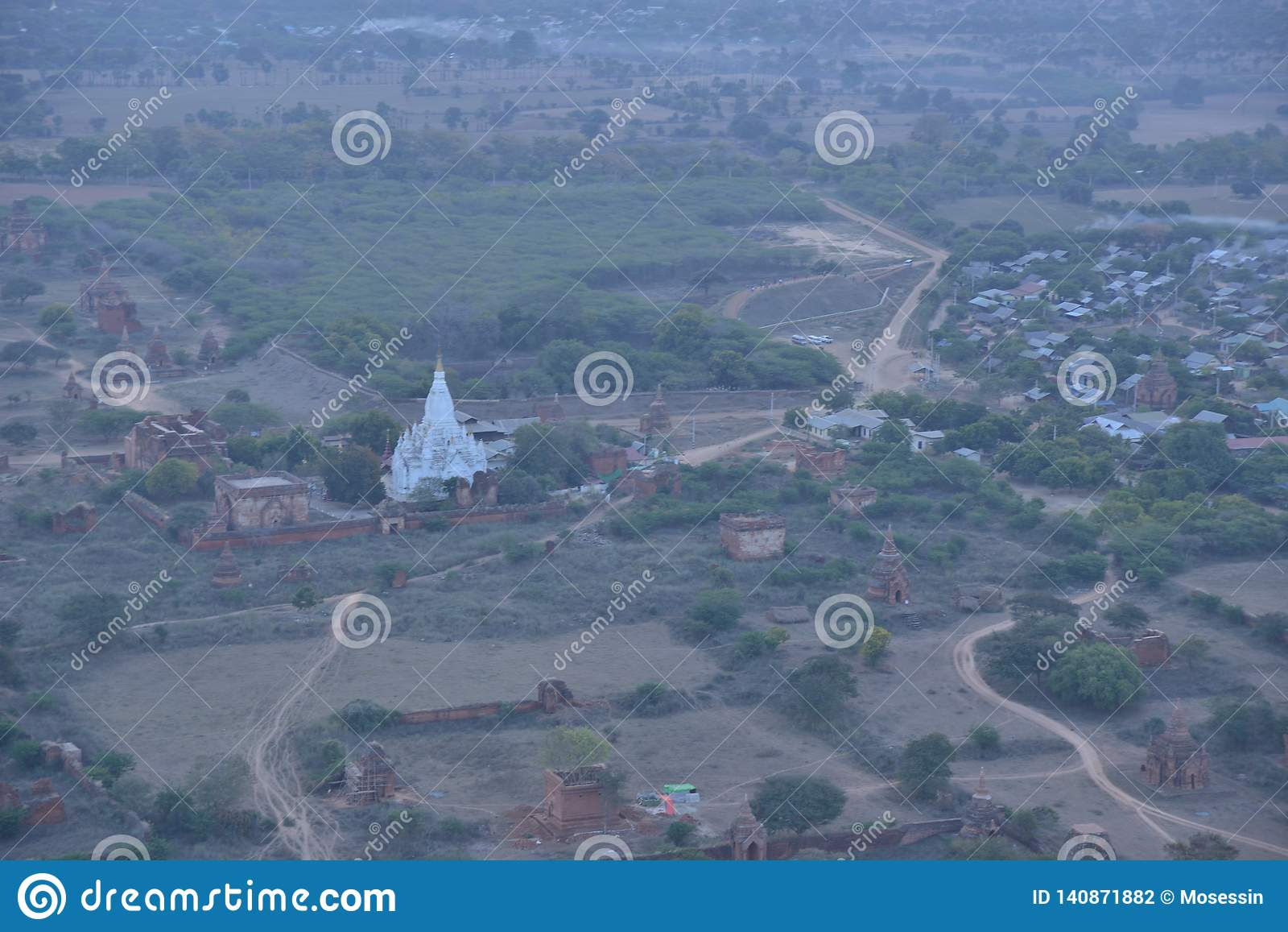 Laymyethna white temple Bagan