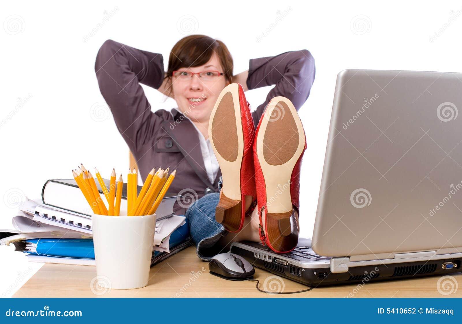 lazy female manager - photo #7