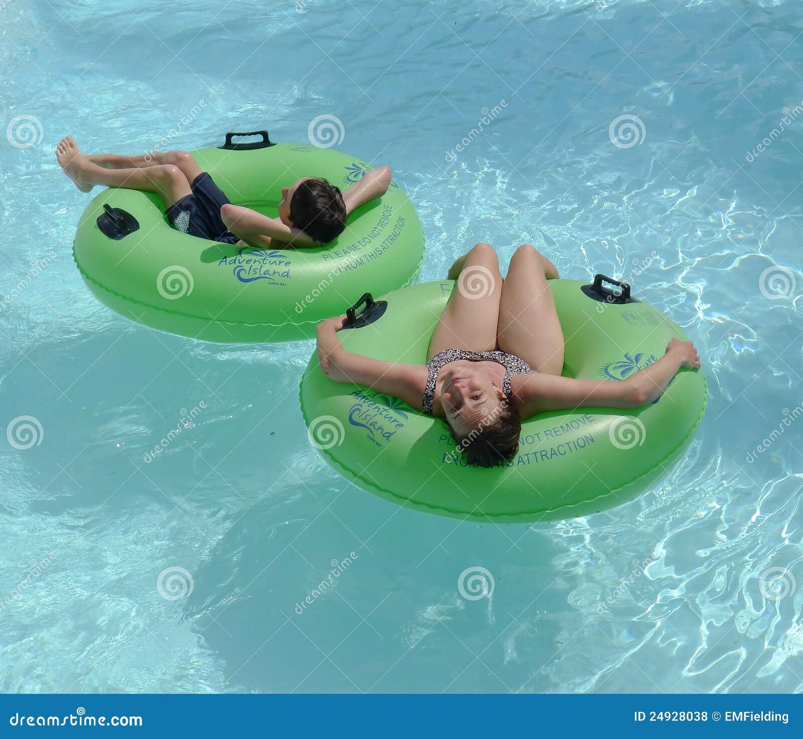Lazy River At Adventure Island Tampa Bay Editorial Stock Photo Image 24928038