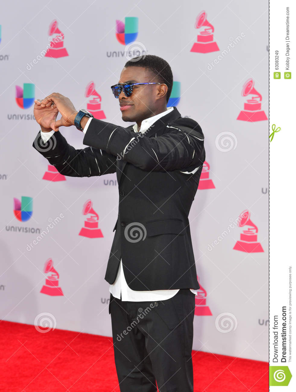 Download Le 16ème Grammy Awards Latin Annuel Image stock éditorial - Image du vocals, artiste: 63083249