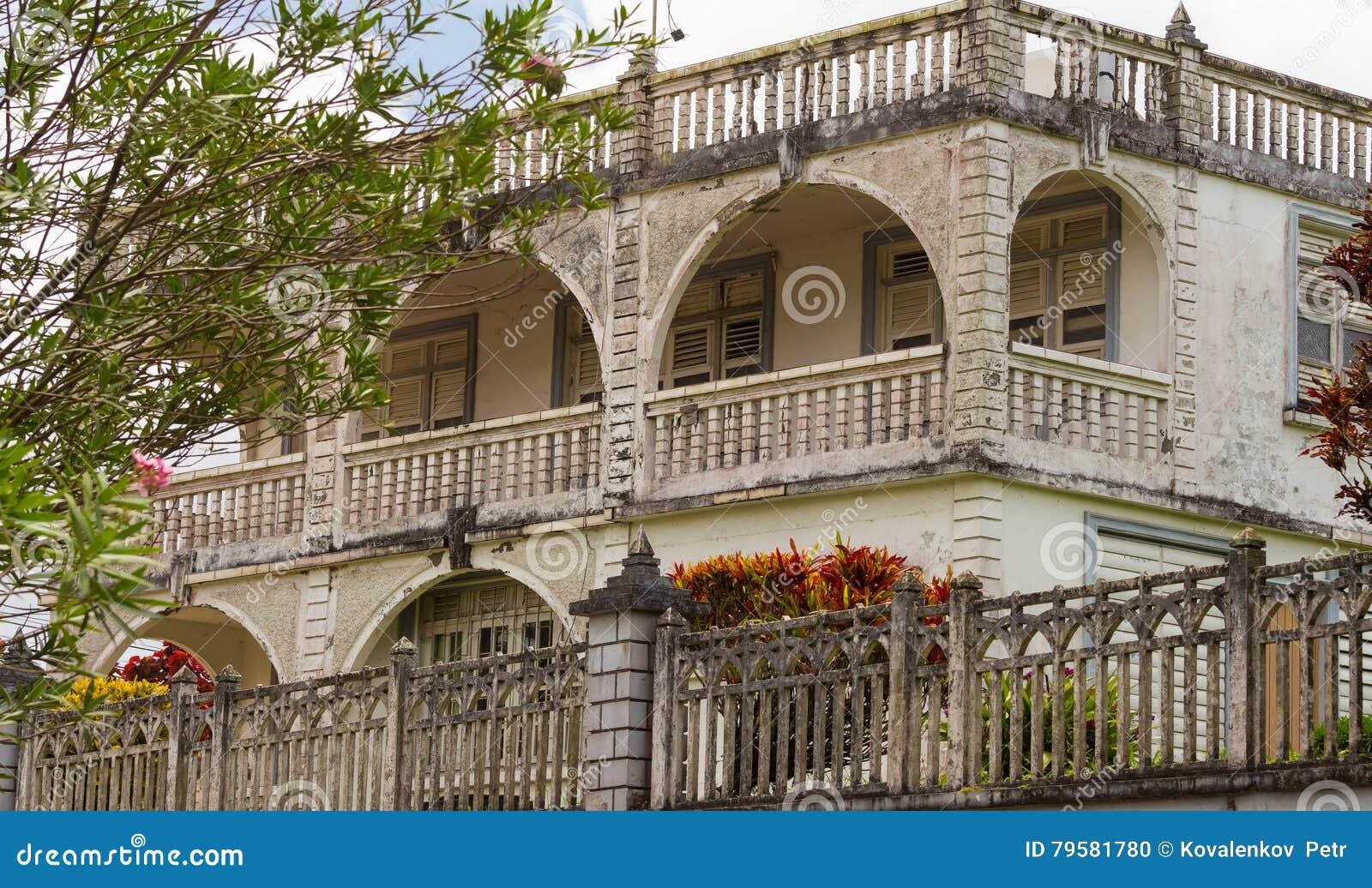 Le Batiment Colonial Des Caraibes De Style Ile De La Martinique