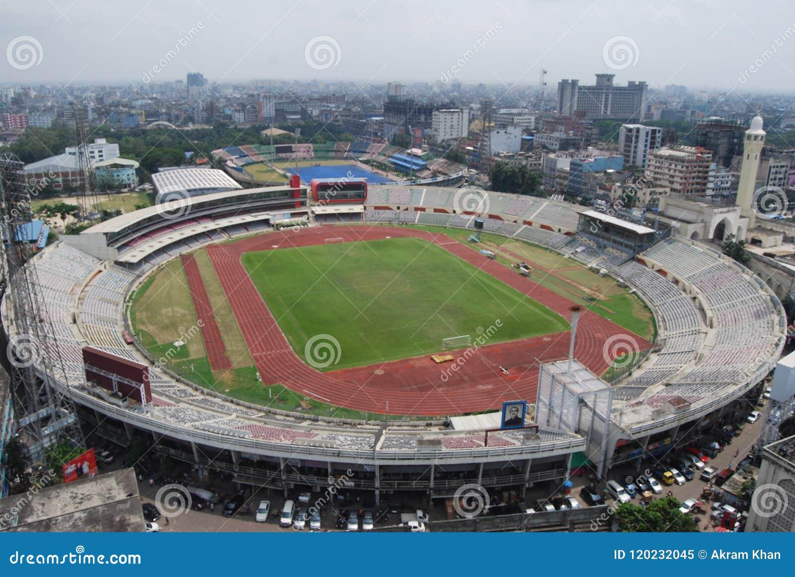 Le Bangabandhu National Stadium dans Dhaka bangladesh